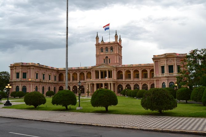 """Our City Tour brings you the history of Paraguay´s Capital and its main sites close. You will learn about the foundation in 1537, the Independence in 1811, heyday under President López and today´s situation. Asunción is one of the oldest cities in South America, for this reason it is known as """"the Mother of Cities"""". From here the colonial expeditions departed to found other cities.<br><br>Furthermore, you visit the Casa de la Independencia, the Cathedral, the National Pantheon and a panoramic view from the Mercado Pettirossi (typical South American Market)"""