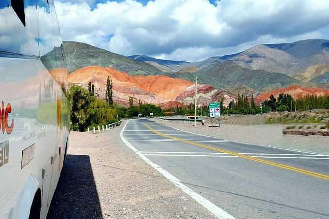 Enjoy four unforgettable excursions of the Argentine north: Cafayate with its rock formations and wines; Cachi between hills, mountains and cardones; Humahuaca, with its colorful mountains, rich history and culture; And the Salinas Grandes, with its impressive immensity. Each excursion is a full day starting from Salta capital and returning to it. Therefore, to acquire this pack of excursions, you must have at least 4 full days in the city of Salta