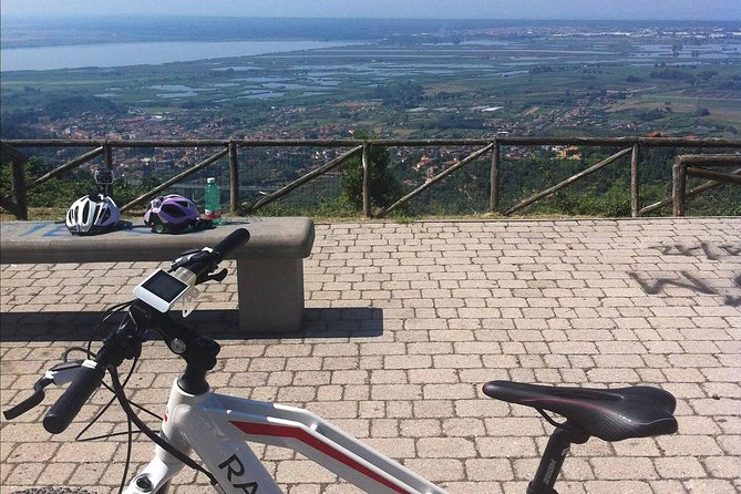 Panoramic Versilia E-Bike Tour from Lido di Camaiore, Versilia, ITALIA