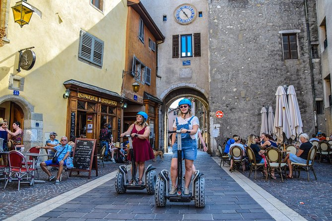 A tour to discover the pleasure of a ride on a Segway. Ride a circuit with a moderate pace that is perfect to discover the Segway TP in all its forms: an urban hike through the lake, the old town, and an off-road experience along the Thiou river. An ideal way to get off the beaten track on this 2-hour, guided, small-group tour. Maximum group size is 8 people.