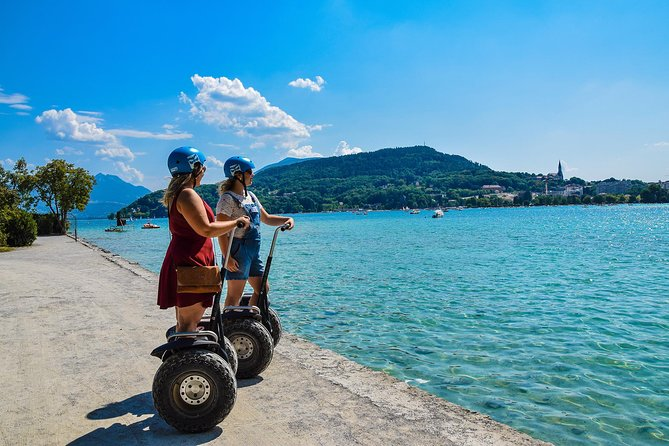 Discover the pleasure of riding on a Segway©. Enjoy this one hour tour that is perfect for getting a view of Annecy Lake.. Enjoy this one hour tour that is perfect for getting a view of Annecy Lake.