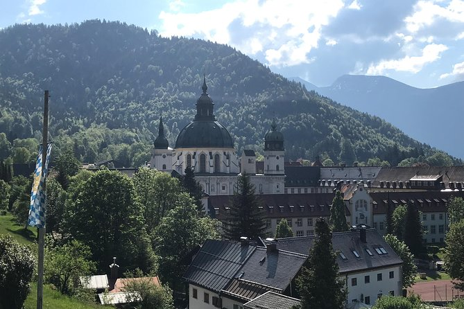 A Full Day Private Tour of Neuschwanstein Castle from Garmisch-Partenkirchen, Garmisch Partenkirchen, Alemanha