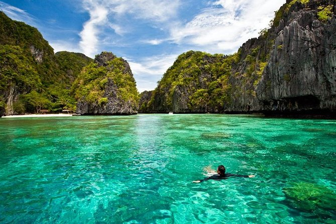 It's a paradise of islands, lagoons and beaches! One of the most famous destinations in the Philippines are the famed El Nido Islands. This beach paradise is so famous that no trip to the Philippines would be complete without a visit! This package will take you straight to its most beautiful lagoons full of picture perfect wonder. Visiting Secret Lagoon, Small Lagoon or Big Lagoon, Shimizu island and Papaya Beach.<br><br>