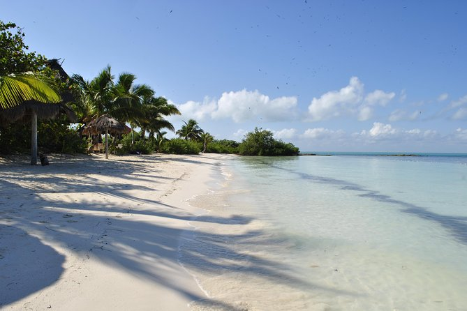 Beach Escape: Isla Contoy and Isla Mujeres with Snorkeling, Breakfast and Lunch, Playa del Carmen, Mexico