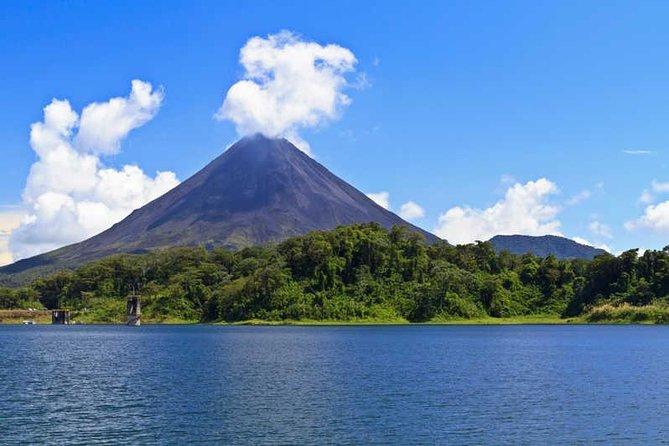 3-Days Tortuguero-Tabacon Resort Arenal Volcano-Manuel Antonio National Park, San Jose, COSTA RICA
