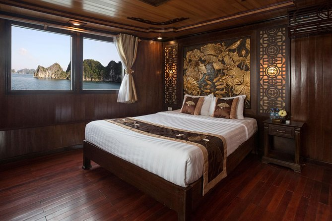 Bai Tu Long Bay 3-Day Luxury Cruise with Meals, Activities, and Hanoi Pickup, Hanoi, VIETNAM
