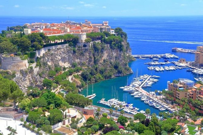 Discover the medieval village of Eze, Monte Carlo, and the Principality of Monaco on this 5-hour tour from Nice. On this tour you will admire the breathtaking views, discover the rich history, and gain an insight into the culture of this luxurious region.