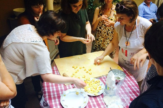 Cook Like locals in Bologna, Bolonia, ITALIA