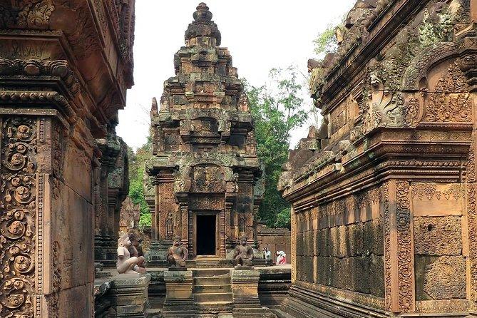 Kulen Mountain and Banteay Srei Shared Tour, Angkor Wat, CAMBOYA