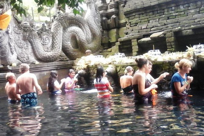 Package Private Tour we offer to you <br>Tirta Empul Temple, Bali Agrotourism Coffee Plantation, Batur Volcano, Lunch, Penglipuran village. Never missed the beauty of Bali nature has offer. Our friendly Bali Tour Driver always give the best service during the tour with ride the private car. Our professional tour driver service with a typical Balinese smile. Make this tour package your choice. You will get an unforgettable personal experience. BOOK NOW<br>