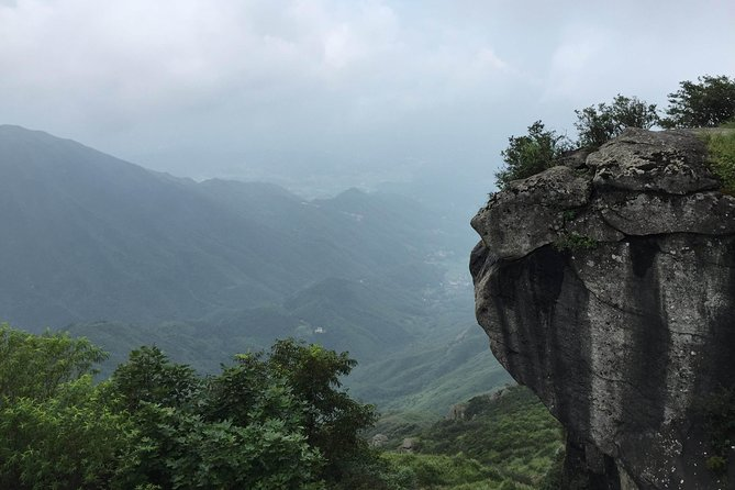 Mt Hengshan is one of the five well-known mountains in China as the name Nanyue, meaning of South Mountain. There are 72 peaks here, and this private tour will let you visit the best part of the mountain with a private car from Changsha.