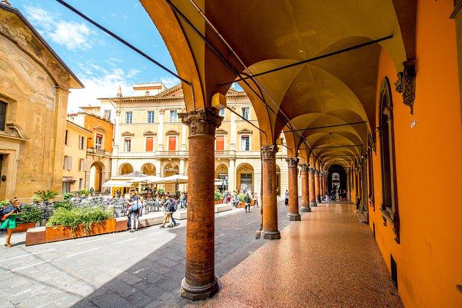 Family Day In Bologna With A Local: Private & Personalized, Bolonia, ITALIA
