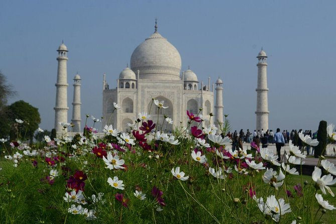 This tour gives a traveller value for money. Within an economic price the traveler will get to experience a train ride on one of the fastest train in India. The price includes almost everything like local transfers, tour expert, train tickets and of course delicious Indian lunch in one of the best restaurant of Agra city. <br><br>This tour helps a traveller in saving time and money both.<br>