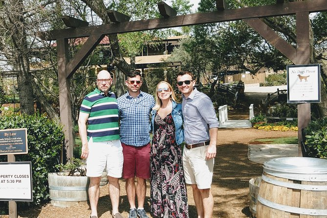 TEMECULA VINEYARDS WINE TASTING TOUR FROM ORANGE COUNTY<br><br>THIS EXCITING WINE TASTING AND VINYARD TOUR IS A FANTASTIC WAY TO SPEND A DAY AWAY FROM THE BUSY CITY LIFE AND CHILL OUT IN THE ROOMING HILLS OFTHE TEMECULA VALLY MANSIONS AND CASTLES.