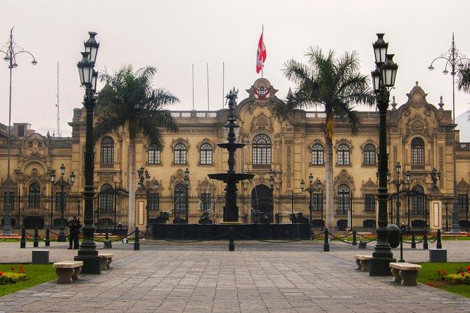 Sabores y tradición: recorrido a pie por la ciudad con degustación de comida, Lima, PERU