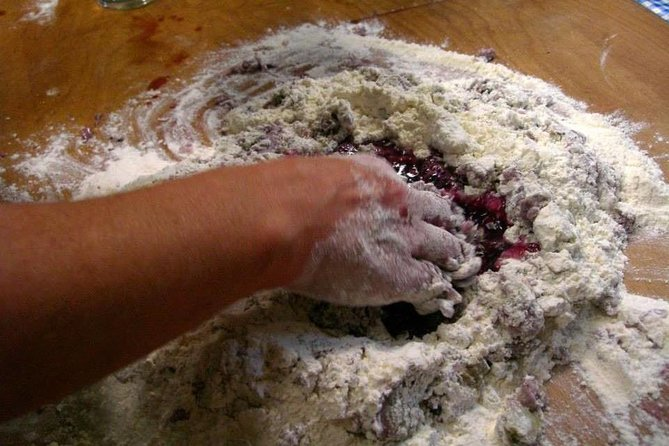 MAIS FOTOS, Orvieto: Pasta Making Class Including Lunch and Visit of the Underground Caves