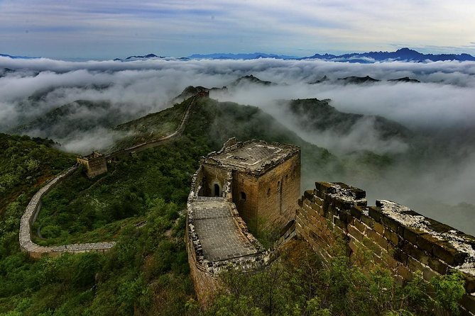 Enjoy a lovely day in hiking on Jinshanling Great Wall to West Simata by a coach service. You will have a chance to meet some new friends in the tour, and Great Wall entrance fees, lunch, hotel pick up/drop-off are all included. You will be amazed by the beautiful nature surroundings by the Jinshanling. You will also get to see many historical watch towers along the way. The Jinshanling Great Wall is like a giant dragon, curving its path over the mountain peaks whose line it follows.