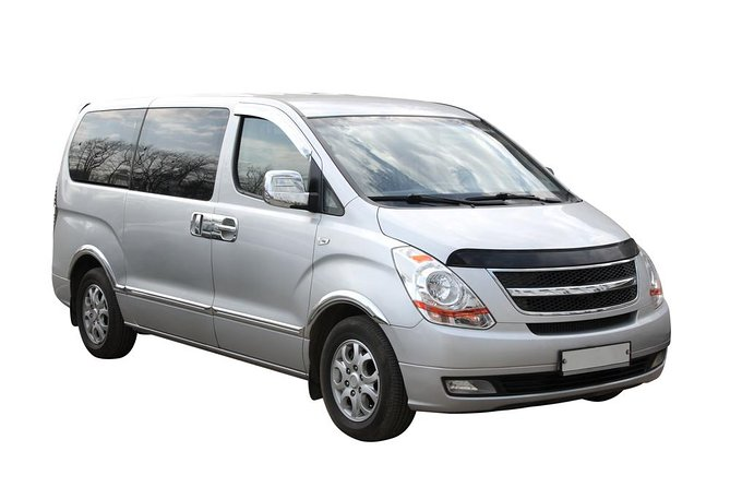 Transfer in private minivan from Jean Lesage Airport (YQB) to Quebec City Center, Quebec, CANADA