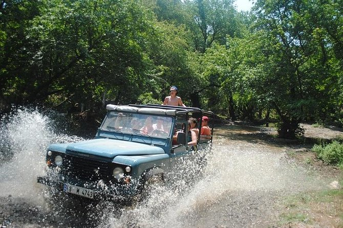 Jeep Safari in Kemer <br><br>Go on a thrilling Jeep safari of the Taurus Mountains outside Kemer.