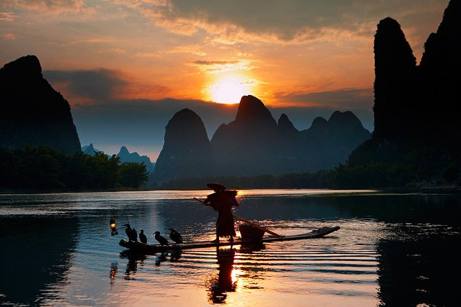 Yangshuo Cormorant Fishing and Xingping Ancient Town Tour, Guilin, CHINA