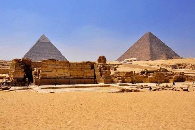 Enjoy a private tour for one day in Cairo from Port Said port to see famous Giza Pyramids, Sphinx, Temple of Chephren with Egyptian lunch , also visit the famous Egyptian museum and shopping in Cairo