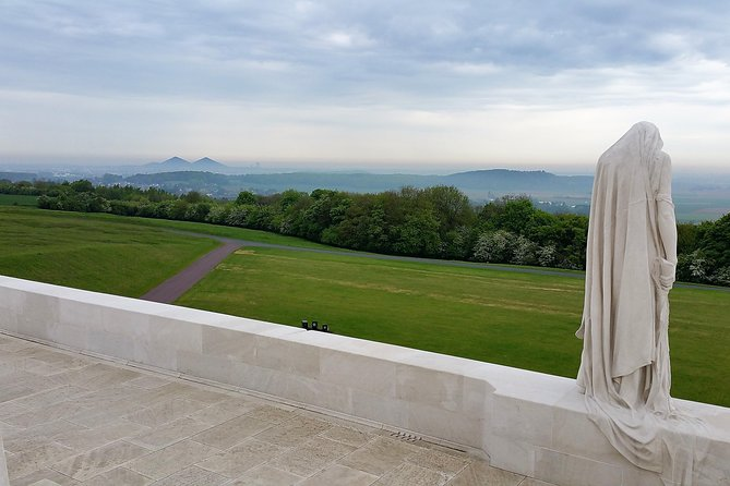 Following the footsteps of the Canadians at Vimy Ridge and the Somme from Arras with a local experienced guide
