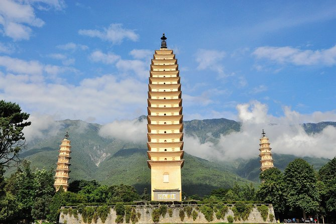 On this 1 day tour in Dali, you will enjoy brilliant sites of Three Pagodas and Cang Shan Mountain that are two classic must-see tourist attractions. Take the cable car to Cang Shan Mountain for the panoramic view of Erhai Lake. Lunch, one-way cable car to Cang Shan Mountain, private transportation, and private English-speaking tour guide are included.