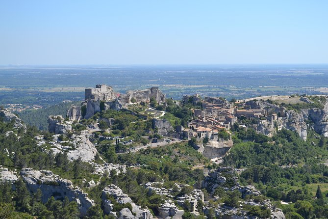 Roman Heritage Day Trip to Pont du Gard, Les Baux de Provence and St Remy de Provence from Arles, Arles, FRANCIA