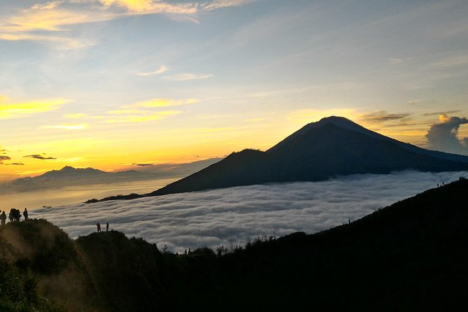 Experiences your trip by starting hike on your way with experiences local guide and stand atop the ancient Mount Batur in a day only. Stunning the sun come up over the sea and feel the adrenaline kick in as you look down on the expanse of the volcanic valley, your must try it!<br><br>The Highlights of this tours<br><br>1. Witness the sunrise over the clouds at Bali's sacred Mount Batur with private guide.<br><br>2. Trek through private path under eucalyptus trees ad cover with of millios of stars<br><br>3. Capture wonderful view of the three volcanoes of Mt. Agung, Mt. Abang and Mt. Rinjani in Lombok on one direction.<br><br>4. Stunning beauty of Lake Batur from top of volcano surronding by green area and village. <br><br>5. Taste delicious eggs cooked with the steam from the fissures in the volcano and feel the hit of volcanic steam.