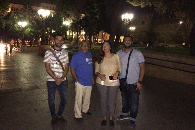 MAIS FOTOS, Baku by Night: Small-Group Walking Tour