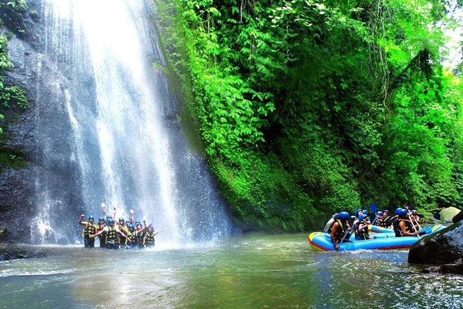 This white-water rafting adventure for all ages take you paddling down the Ayung River for almost two hours with an expert river guide. Feel the breathtaking excitement of Class II and III rapids while you slip past stunning cliffs and waterfalls. Finish your rafting trip with a hot shower and replenish with a buffet lunch. Round-trip transport from selected Bali hotels is included.<br><br>Highlights <br><br># Bali white-water rafting trip on the Ayung River <br><br># Get paddling instruction from an expert river guide <br><br># Enjoy an Indonesian buffet lunch and hot shower <br><br># Includes hotel pickup and drop-off from selected hotels