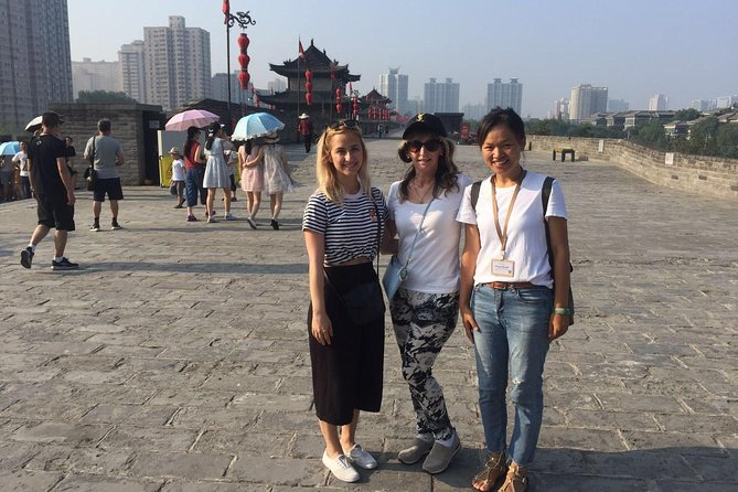 Private Day Tour of Terracotta Warriors,Cave House and Han Yangling Mausoleum, Sian, CHINA