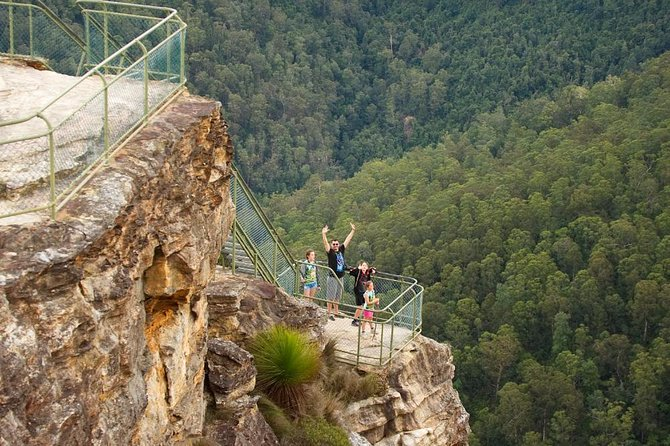 Enjoy this small group day trip from Sydney with a maximum of 10 guests as you discover magnificent valleys, rivers and gorges of the World-Heritage listed National Park, that is the Blue Mountains. Experience the true beauty of the Blue Mountains off the beaten track as you immerse yourself in the spectacular wilderness areas of such a unique region in an area that you can't appreciate without getting your shoes dirty (so to speak). Starting no later then 7:30 am to avoid the traffic, you'll head straight off towards Australia's own Grand Canyon for an eventful day packed with close encounters, vistas and walks.
