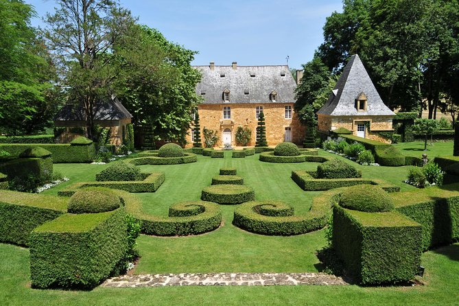 Private Tour of Eyrignac Manor Gardens in Salignac, Bergerac, FRANCIA