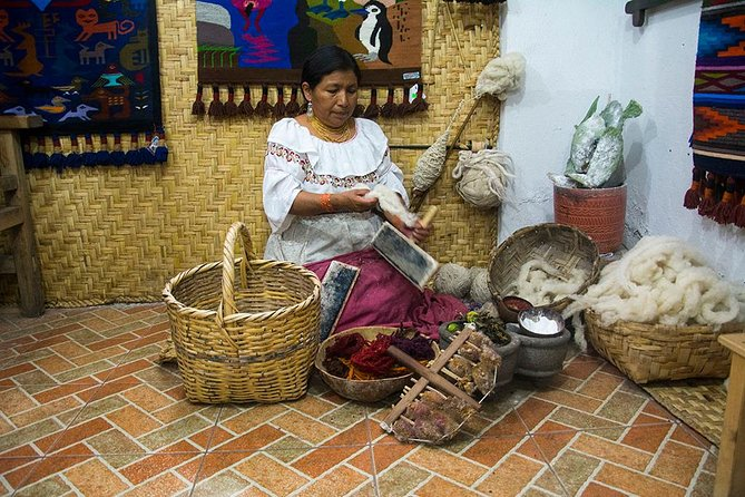 Full-Day Private Tour of Artisans North of Quito, Otavalo, Equador