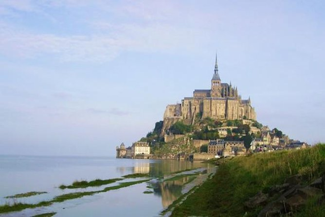 Discover the jewel in Normandy's crown and one of France's most iconic landmarks on this Mont Saint-Michel day trip from Bayeux. Take in panoramic views over the Normandy coastline from Mont Saint-Michel's towering ramparts. Explore the UNESCO-listed Benedictine abbey with your guide and learn of Mont Saint-Michel's chequered history, during which it has been a monastery, prison and strategic fortification. Enjoy free time to visit the abbey museum at your leisure, then wander round the cobblestone village to admire its traditional granite and timber houses.