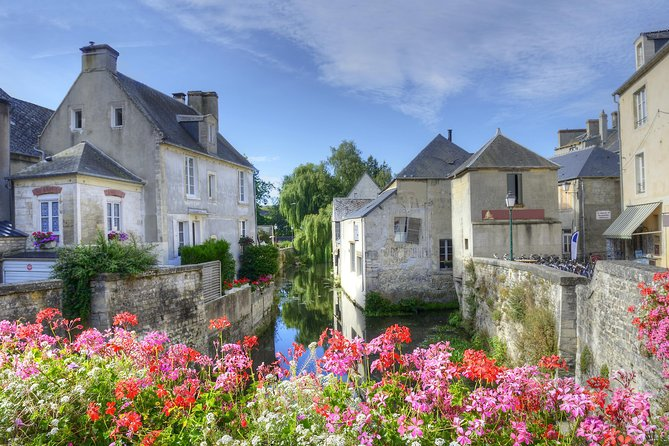 Excursão privada para Bayeux, Honfleur e Pays d' Auge partindo de Bayeux, Bayeux, França