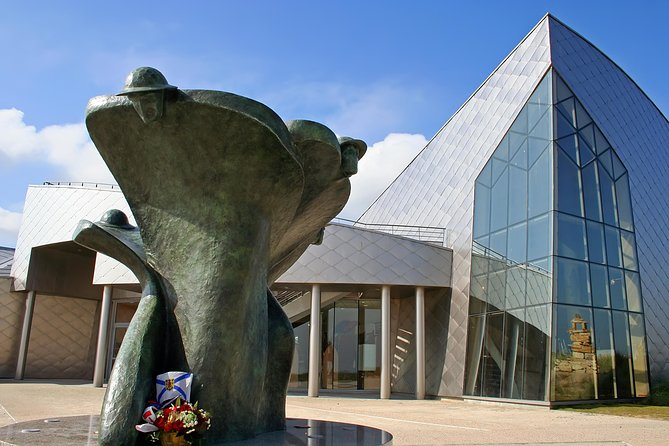 Full-Day Canadian Battlefields and Sites of Normandy Tour, Bayeux, França