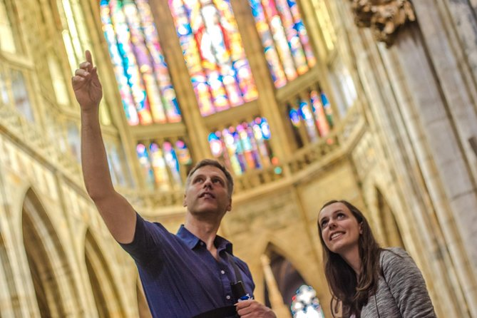 Tour Prague Castle on a 2.5-hour walking tour and learn about more than ten centuries of the city's history while exploring the biggest castle complex in the world! Discover St. Vitus Cathedral, Old Royal Palace, St. George's Basilica and Golden Lane.