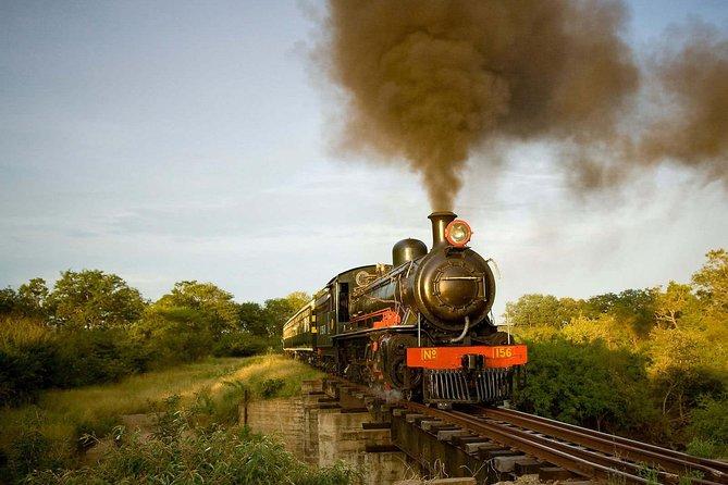 Victoria Falls Steam Train Dinner, Cataratas Victoria, ZIMBABUE