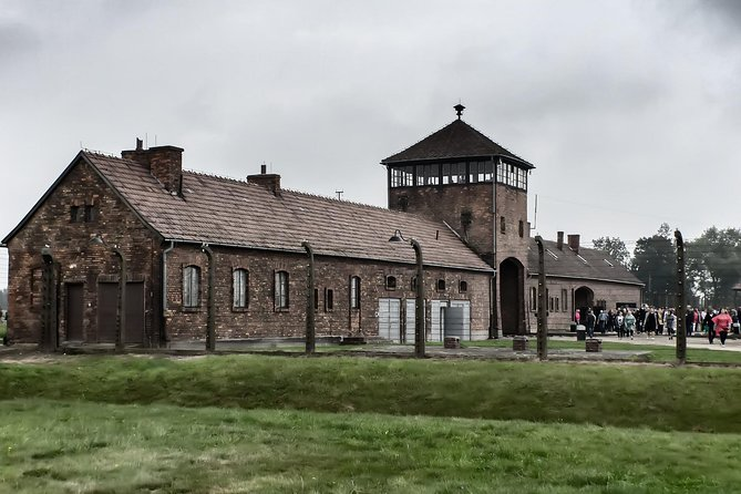 Auschwitz Birkenau self guided tour with guidebook from Krakow, Cracovia, Poland