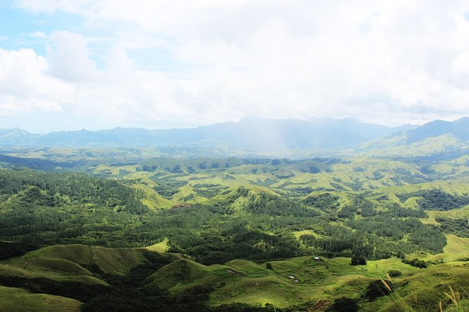 Venture out into the interior of Viti Levu with scenic mountain drive in the amazing Nausori Highlands for approx. 1 hour from Nadi. Traverse the mountainous terrain as you head toward an authentic Fijian village, where you will participate in an ancestral Kava ceremony. Visit the remote boarding school and have lunch at the village
