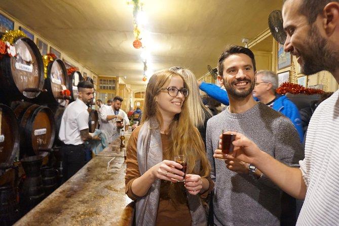 MÁS FOTOS, Recorrido tradicional por Málaga de vino y tapas por Oh My Good Guide