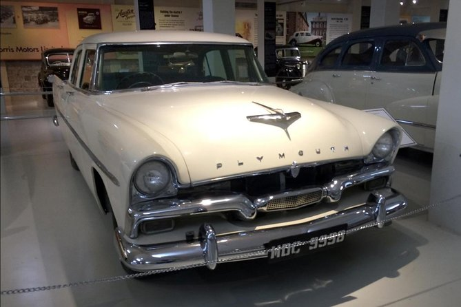 Visit the Gedee Car Museum in Coimbatore. The museum has a display of over 70 vintage automobiles that showcase the evolutionary trends of the automobile industry. The museum was founded by G.D. Naidu, an industrialist and philanthropist, who is also referred to as the Edison of India. Great care has been taken in displaying the automobiles so that the visitor gets an idea of the technological innovations that have taken place over the years as well as the people behind them.<br><br>Highlights<br> • The first automobile of the world, the 1886 Benz Patent Motorwagen <br> • The first mass-produced car of the world, the 1908 Ford T <br> • Rolls Royce 20 owned by the Maharaja of Mysore