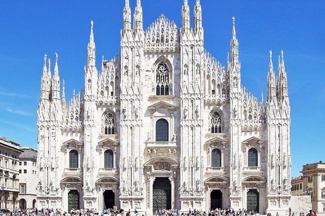 Skip-the-line Milan Duomo Cathedral Guided Tour with Terraces & Roof Top Access, Milão, Itália