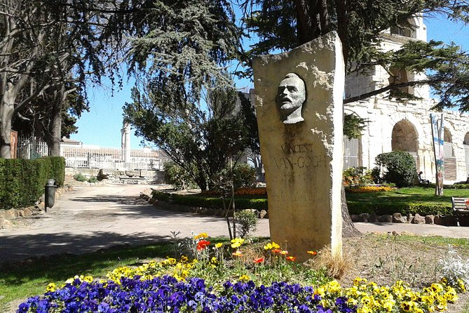Van Gogh in Provence from Arles, Arles, FRANCIA