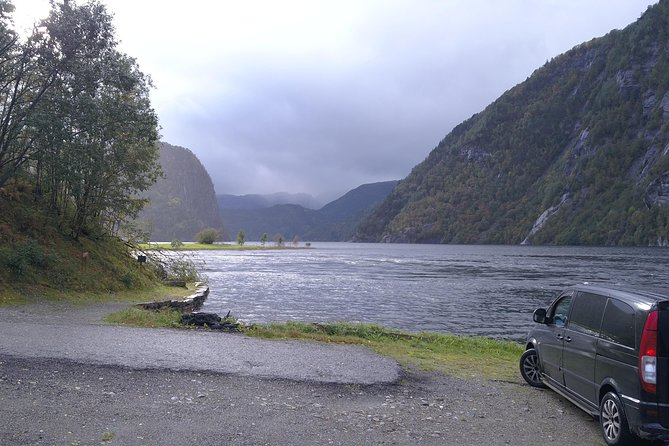 Private Tour: The Fjords in a Nutshell from Oslo, 24 hr Refundable, Oslo, NORUEGA
