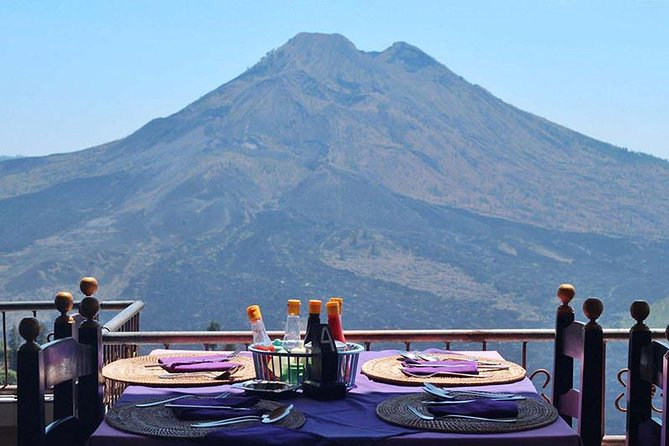 Never miss the tour package that we offer.<br>Make this adventurous tour as your choice.<br>You will gain an unforgettable personal experience as your satisfaction and comfort will be our main concern. This adventurous Special Day Trip is a combo of Bali volcano and its traditional village of Penglipuran, a beautiful highland village in the regency of Bangli in the east Bali, Kehen temple, best known for its well preserved culture and Tegalalang rice terrace, visit along the way such as Celuk Silver, woodcarving village, and Bali Agrotourism or Coffe Plantations, Buffet Lunch will served at local restaurant break taking.