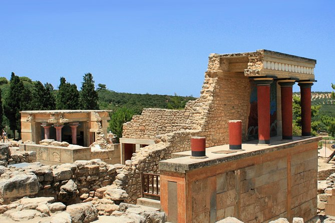 Tour at Knossos, Mallia palace, St. Nikolas, Kritsa, and Elounda.