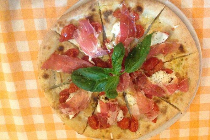 MÁS FOTOS, Half-Day Pizza Making Class in Taormina
